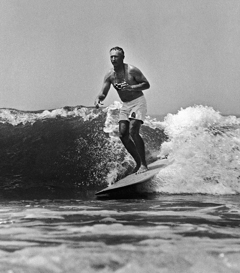 clica se quiser ampliar - foto disponível no site da SURFER Magazine